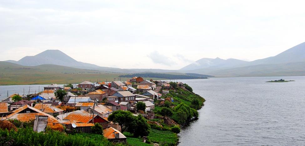 http://eugeorgia.info/uploads/blog/ტაბაწყური  ევროპული ღირებულებებიდან ასე ახლოს და ასე შორს