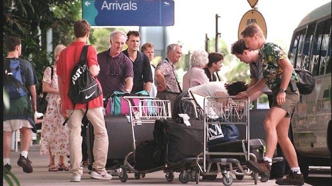 ტურიზმის ახალი სტატისტიკა: ჩინელებმა, ამერიკელებმა და ბრიტანელებმა მოგზაურობაზე ხარჯები გაზარდეს, რუსებმა კი -შეამცირეს