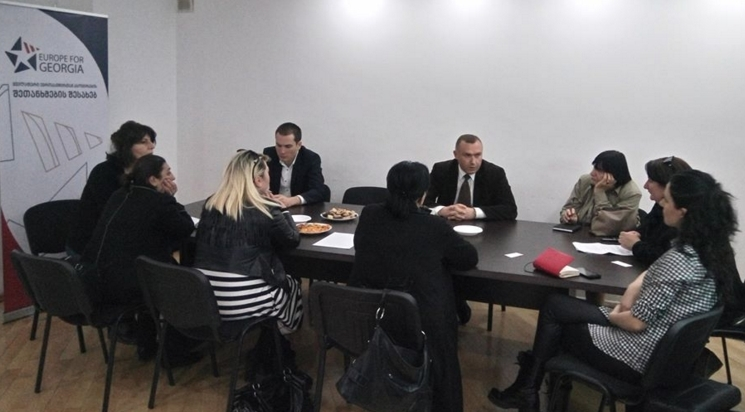 Eugeorgia.info-ს ოფისში ქალ მეწარმეებსა და მთავრობის წარმომადგენლებს შორის მორიგი შეხვედრა გაიმართა