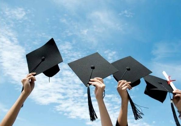 უმაღლესი განათლების პრობლემა საქართველოში - ვინ, რას და როგორ  ასწავლის სტუდენტებს