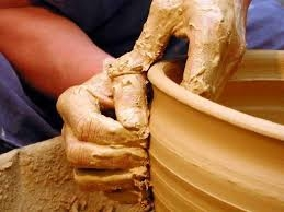 Pottery enterprises are facing bankruptcy