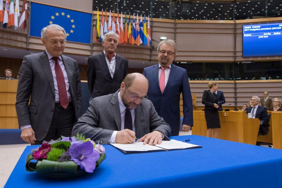 მომავალ წელს ევროკავშირი ევროპელი ფერმერებისა და სოფლის მეურნეობის მხარდაჭერაზე  54,4 მილიარდ ევროს დახარჯავს